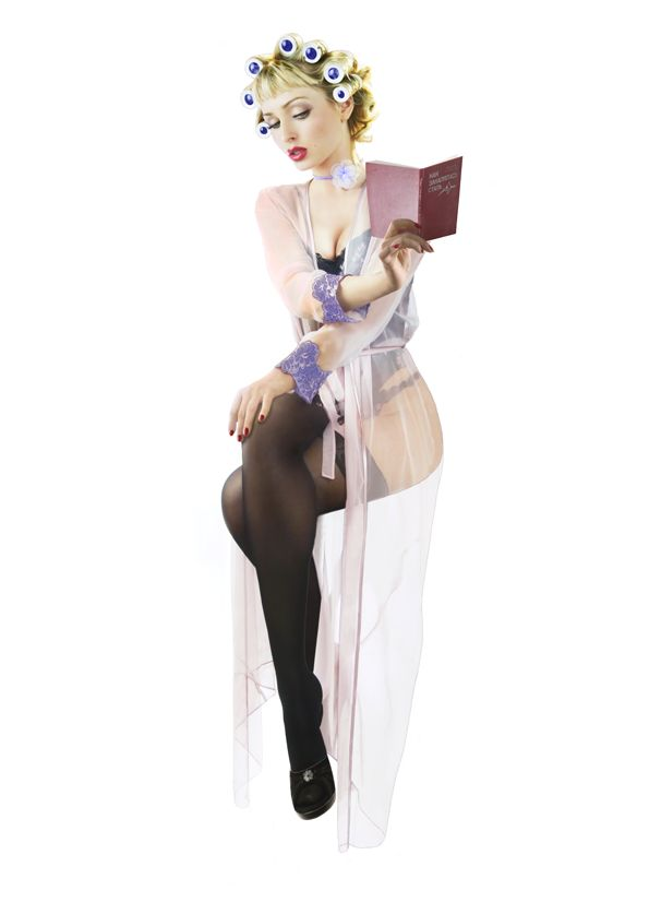 セクシーなのにキュート。1950年代を彷彿とさせる美しきピンナップガール写真10選 - Spotlight (スポットライト)