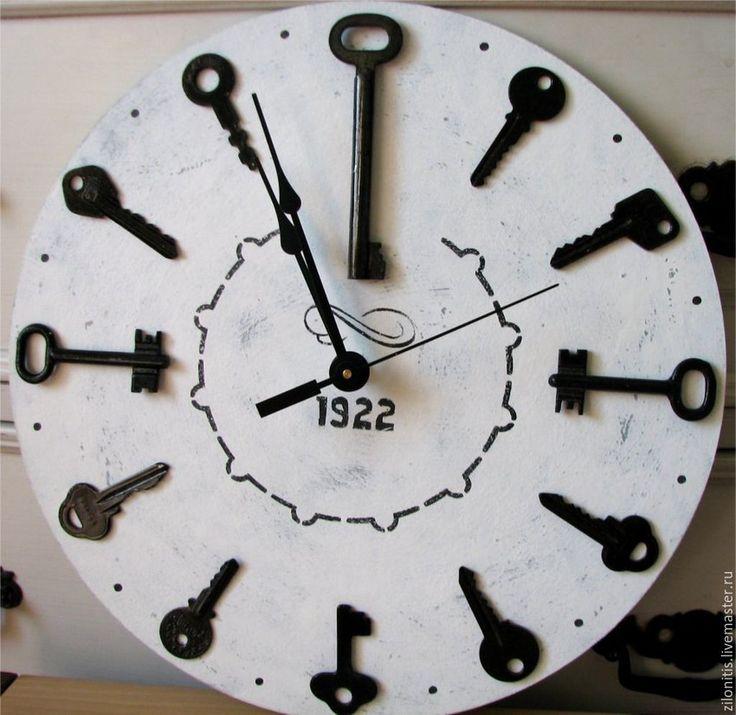 Купить Часы настенные с ключами. 1922 - белый, часы настенные, часы, часы интерьерные