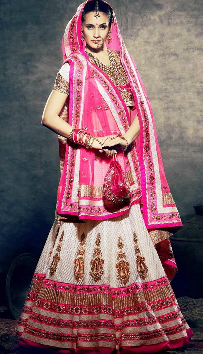 Beautiful Bollywood Off White Jacquard Bridal Wear Lehenga Choli !   For more information, visit Efello.com .