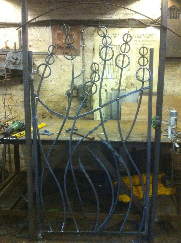 In progress growing forms gate