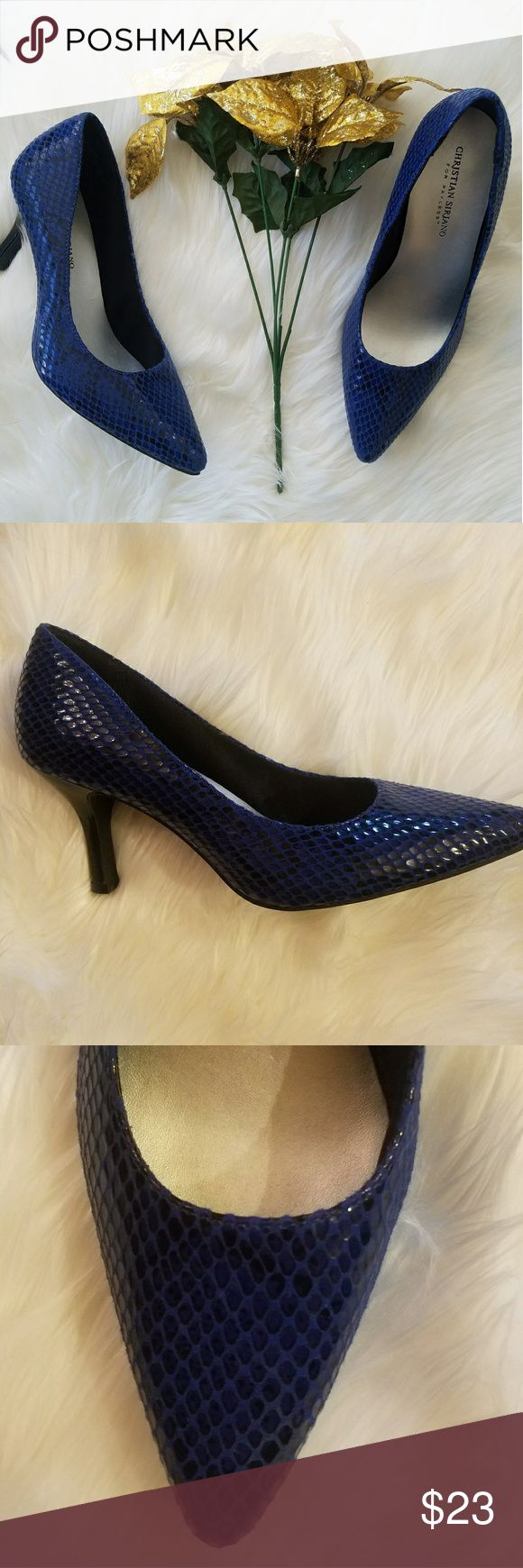 """Christian Siriano Pointed-toe Snakeskin Heels These heels are just beautiful!. They are from the Christian Siriano for Payless line. A beautiful blue/black faux snakeskin look to this lovely pair!. Heel measures approximately 3.25"""". They are in excellent condition. Size 8.5 Wide. Christian Siriano Shoes Heels"""