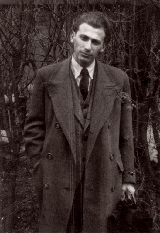 """Radnóti Miklós (1909 – 1944) """"...az égre írj, ha minden összetört!"""""""