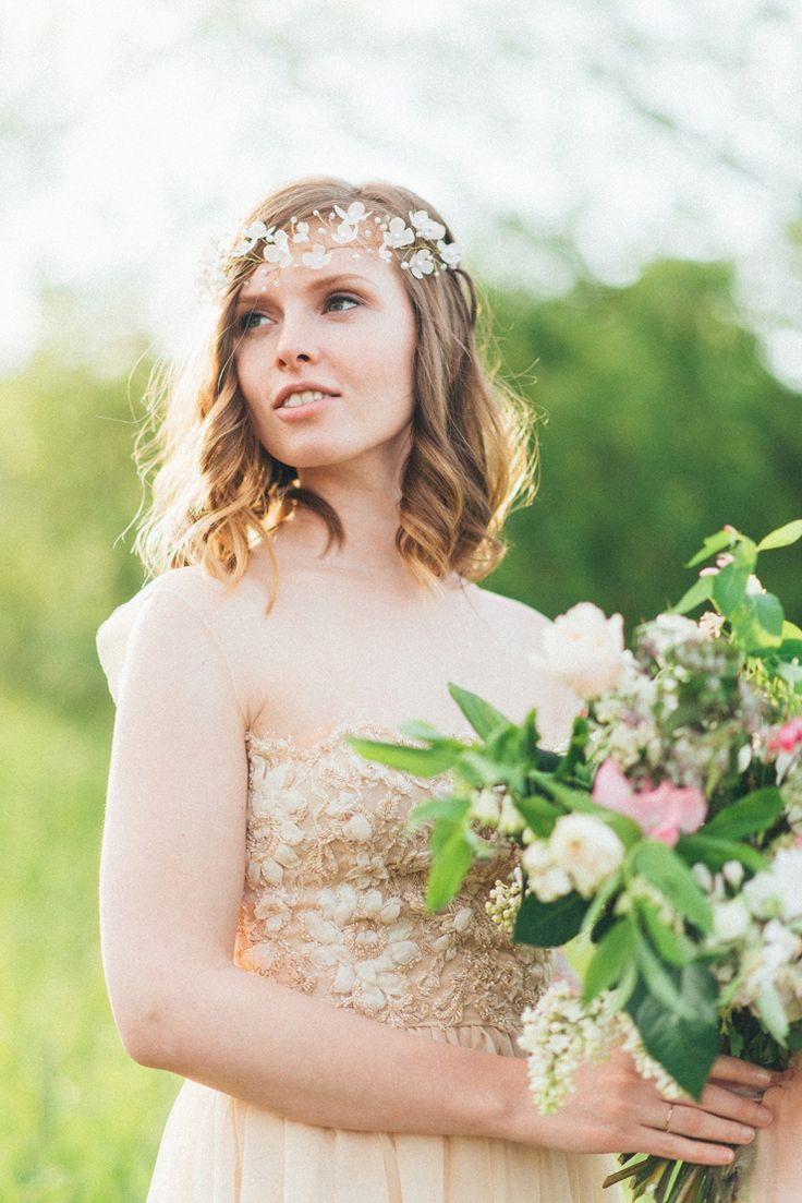 Ethereal bride | Romantic Ethereal wedding inspiration { Fresh and Subtle Shades } Photography : pshefter.com | read more on fabmood.com #weddinginspiration :