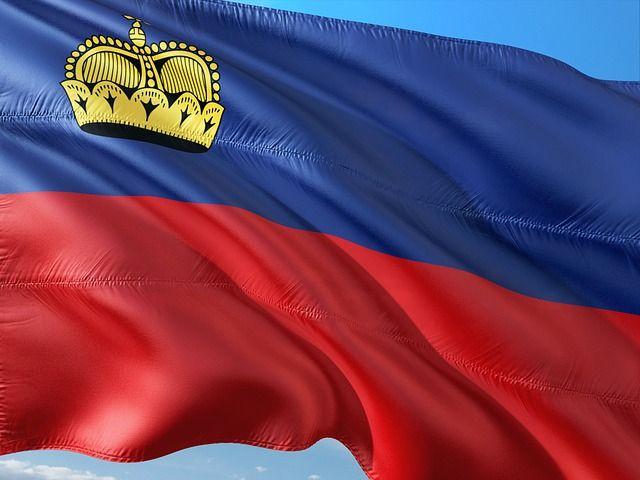 """El Príncipe Heredero de Liechtenstein, Alois, dijo que el bitcoin y otras monedas criptográficas pueden ser una de las herramientas para restaurar la antigua riqueza de su familia, informaCNBC. """"En cuanto a toda la nueva economía digital, necesita ser explorada mejor en el futuro"""", dijo Alois en una entrevista. Liechtenstein es un estado enano en …"""