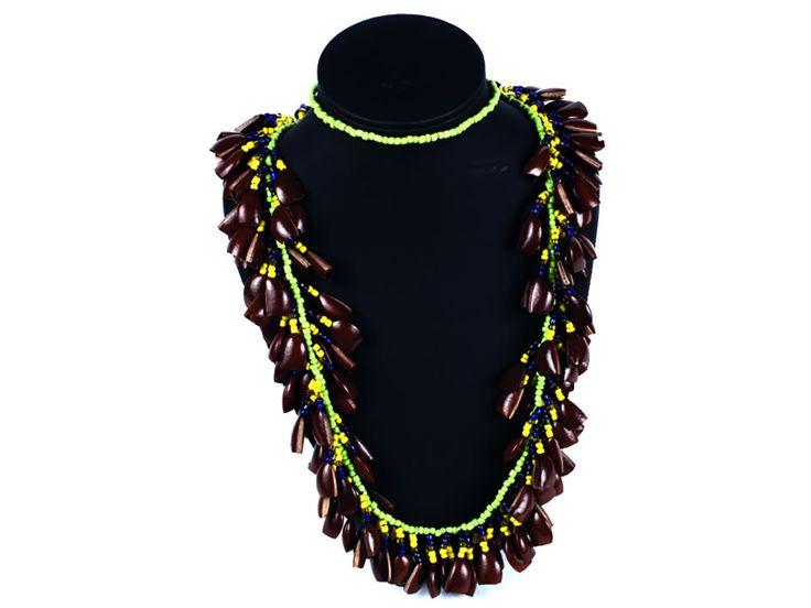 COLLAR DE CHAQUIRAS Y SEMILLAS  $105.000 http://www.sanragua.com/artesanias/collares-y-aretes/collar-de-chaquiras-y-semillas/