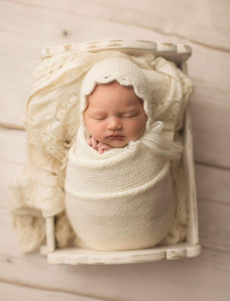 Shallow bucket newborn photography buckets newborn pictures newborn photos newborn baby photography