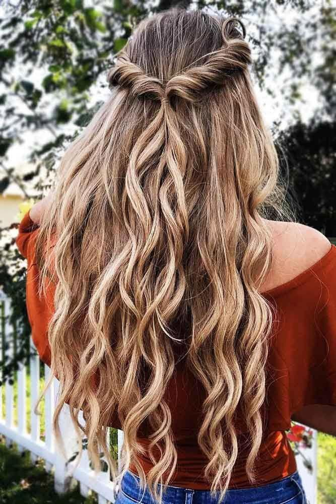 Half-Up-Frisuren mit einfachen Drehungen #halfup ❤️ Half-Up- und Half-Down-Frisuren liegen in dieser Saison voll im Trend. Schauen Sie sich unsere Fotogalerie an