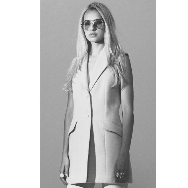 "46 Likes, 1 Comments - Erin St.® (@erinst_brand) on Instagram: ""I see you ☑️ #erinst #fashion #erinstbrand #fashionbrand #fashiondesign #designer #lookbook #FW17…"""