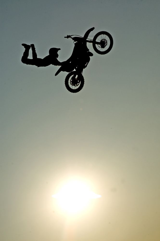 MotocrossMotorcycles Silhouettes, Sports Cars, Motocross Rider, Sports Photography, Motocrosscustom Cars, Freestyle Motocross, Dirt Bikes, Dirtbike 3, Motocross Motorcyclesbik