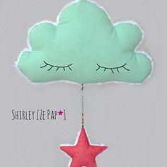 Nuage et son étoile en tissu, décoration murale vert d'eau et corail petits pois pour enfant