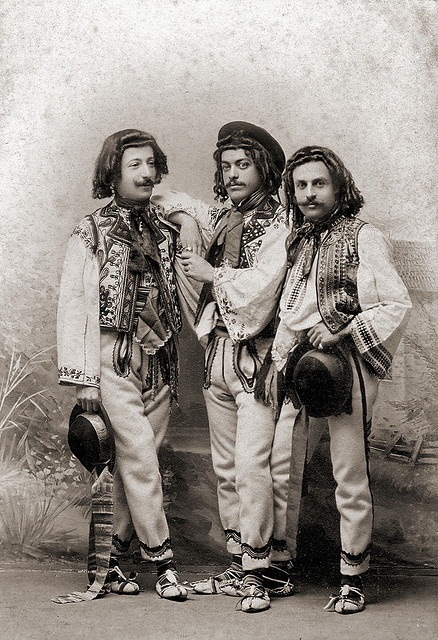 Romanian costumes. Please like http://www.facebook.com/RagDollMagazine and…