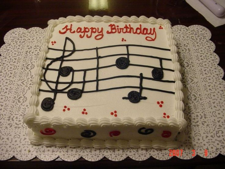 Music note birthday cake