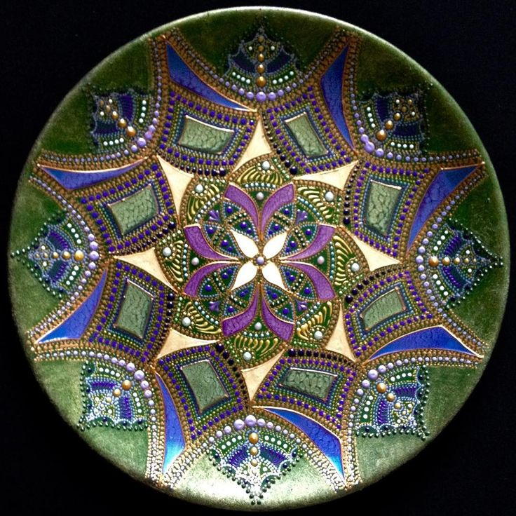 #pointtopoint  #handmade #point_to_point #plate #homedecor #ceramic #тарелки #точечнаяросписьтарелка #ручнаяработа #artwork #евгенияансари  #восточнаяроспись #точечнаяроспись #роспись #мандалатерапия #mandala #мандала #росписьтарелок #еванс1