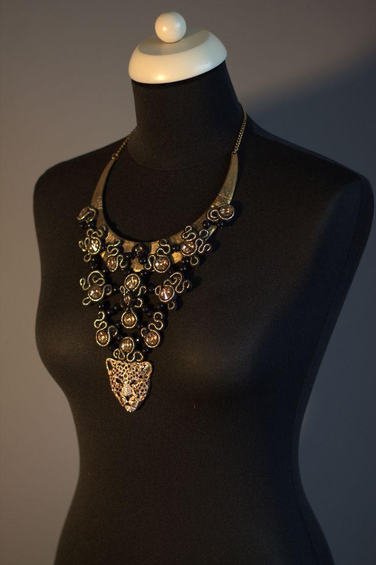 statement jewellry - a true work of art -  www.myfashionizer.ro
