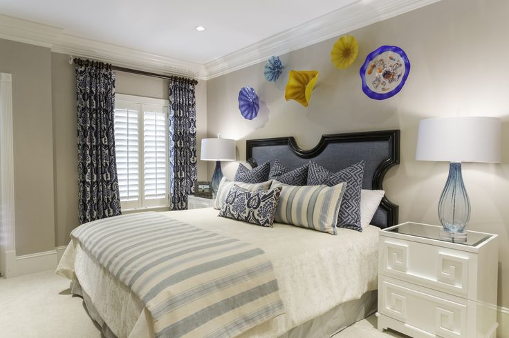 Panama City Home | Guest House Bedroom 2 | Designers Bunny Hall & Lindsay Miller