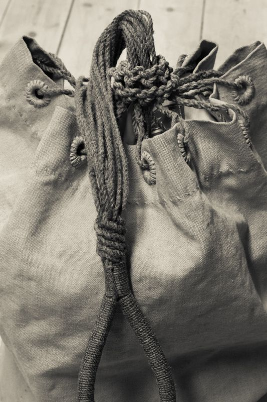 Traditional handcrafted seabag in heavy linen sail cloth - made by MSAILS at Beckholmen, Stockholm Sweden - www.msails.se