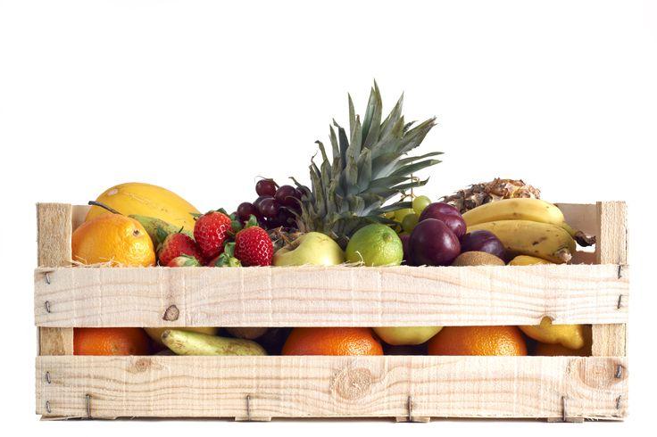 For smaller sizes you can choose one of our 300 x 400 fruit boxes. /// Pentru dimensiuni mai mici puteti folosi ladite legume fructe 300 x 400 http://www.laditedinlemn.ro/ladite-legume-fructe/ #ladite #boxes #fruit #crate