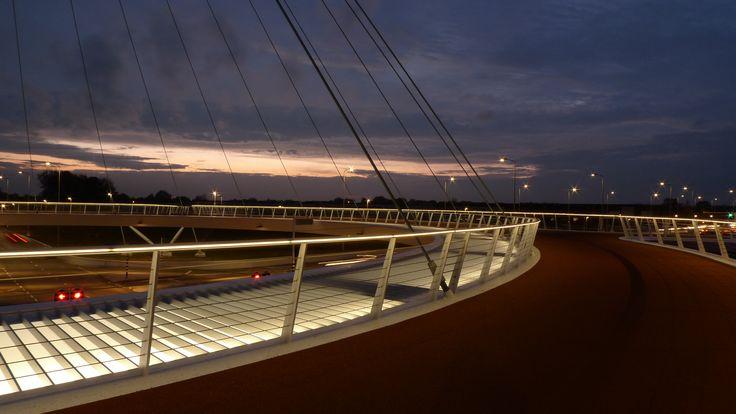 Hovenring Eindhoven, Design by ipv Delft.