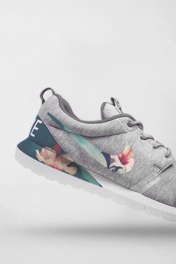 Custom Grey/Floral Pastel Nike Roshe Run NMs