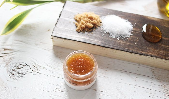 Сахарный скраб для губ своими руками