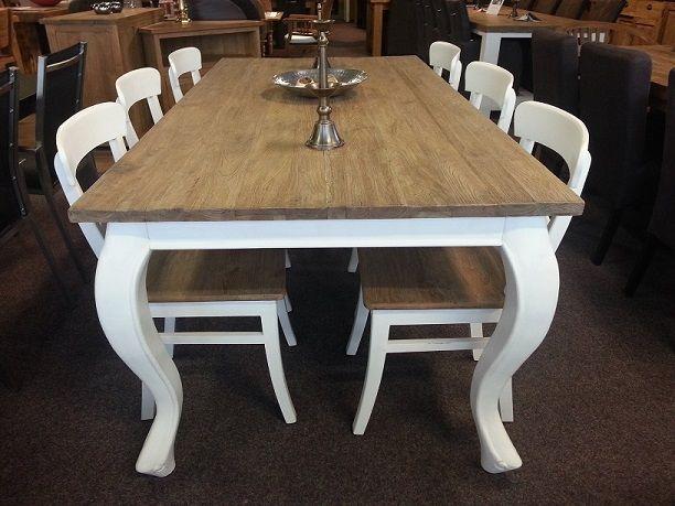 Teak Queen Ann tafel als eettafel, salontafel en sidetable te verkrijgen. Vraag ons naar alle mogelijkheden en maten waarin de tafels verkrijgbaar zijn.
