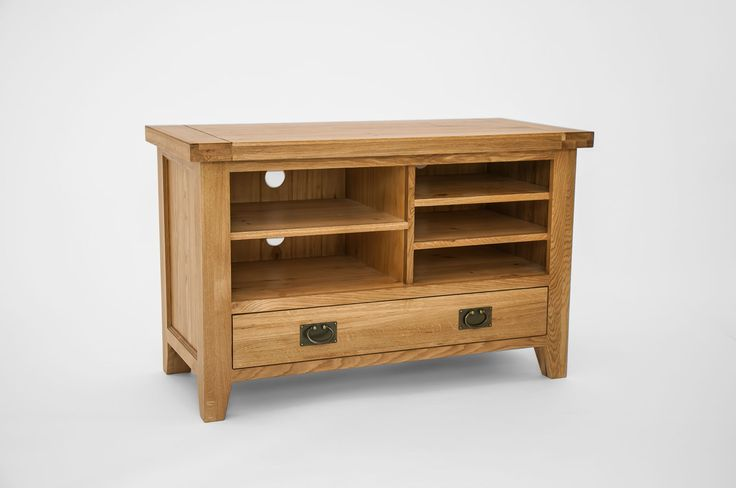Chiltern Grand Oak Small TV Cabinet Chiltern Grand Oak Small TV Unit is a great home for a small flat screen TV and assortment of home entertainment units and gadgets. It is crafted from North American Oak with tongue and groove panels  http://www.MightGet.com/january-2017-13/chiltern-grand-oak-small-tv-cabinet.asp