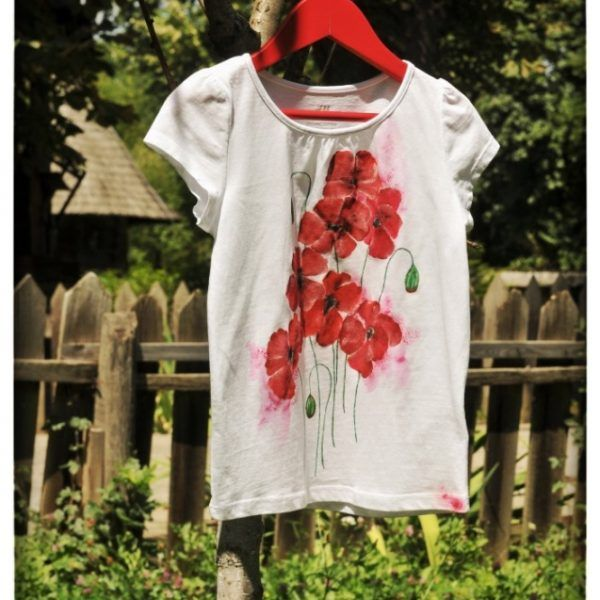 Tricou Pictat 'Poppies Dream' handmade with love by Crisia