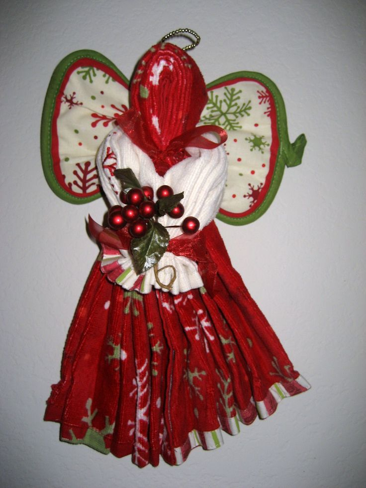 Dish Towel Crafts | ... made out of kitchen towels at a craft fair she recently attended they