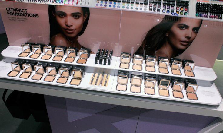 Kiko fondotinta in crema e polvere compatta - http://www.beautydea.it/kiko-fondotinta-in-crema-polvere-compatta/ - Sogni un incarnato perfetto? Kiko propone i nuovi fondotinta compatti in polvere compatta e crema, per una pelle levigata e perfezionata!