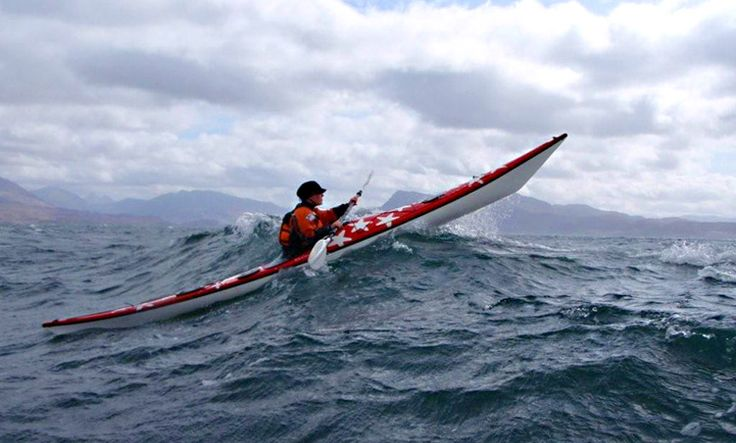 Paddling off the West Coast of Scotland {{ ~~~~~~~}}