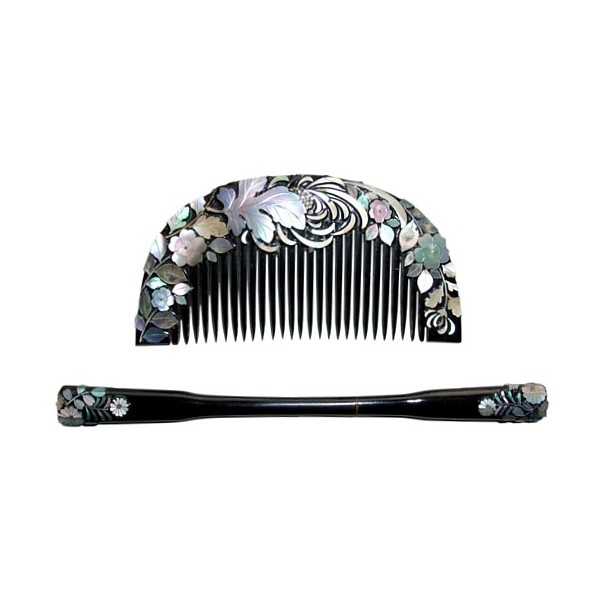 Japanese Antique Traditional Comb and Hair-pin set. Japanese Art, Collectibles and Antiques. The Black Samurai online shop found on Polyvore