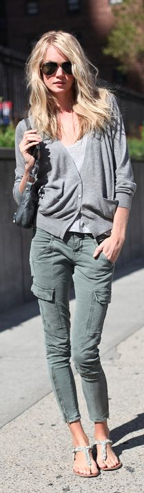 cute casual style. I like the pants.