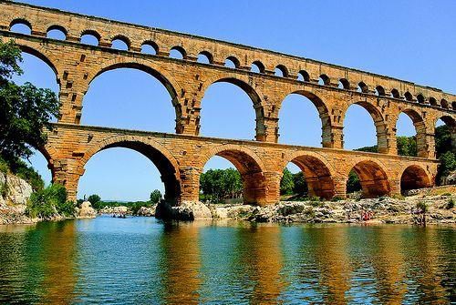Le Pont du Gard, Site classé UNESCO, Remoulins, France 2009 by Baloulumix, via Flickr