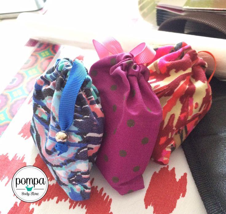 Jabones artesanales en sus bolsitas individuales, listos para entregarle a los clientes felices!! / Handmade soaps ready for our happy clients!