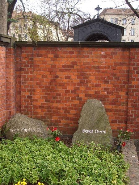 Grave of Bertolt Brecht and Helene Weigel