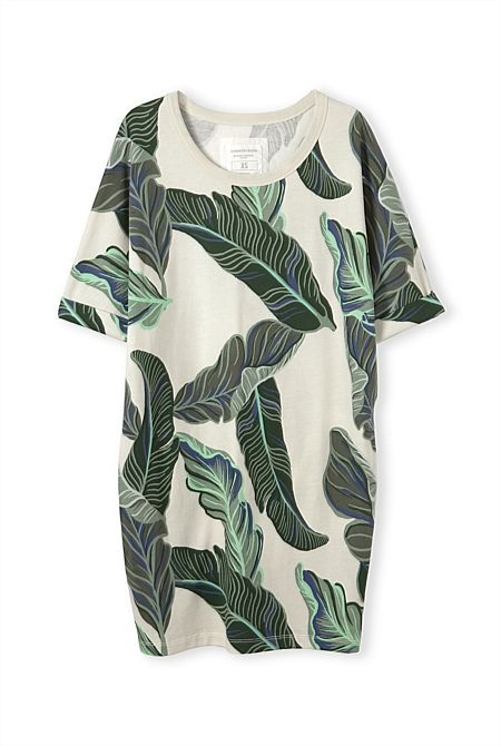 http://www.countryroad.com.au/shop/woman/clothing/dresses/60170238/Leaf-Print-Sweat-Dress.html