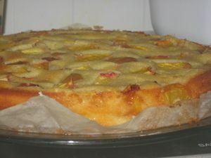 Фото к рецепту: Летний, быстрый,фруктовый пирог.