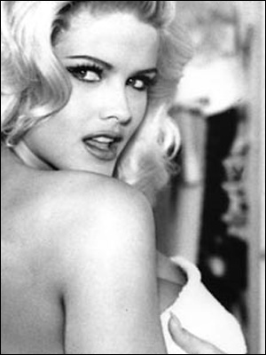 Anna Nicole for Guess: Beauty Women, Annanicolesmith, June 1993, Playboy Covers, Vintage Playboyplaygirl, Playboy Magazines, Magazines Covers, Anna Nicole Smith Playboy, Magazines Vintage Playboy