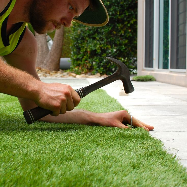 replacing lawn with fake grass