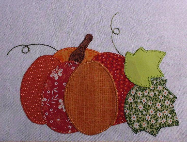 Pano de Prato bordado a mão em patch aplique, marca Estilotex.