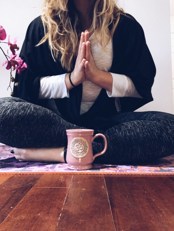 Hello beautiful souls! Do I have a treat for my yogi's today! While doing my normal daily Instagram scroll, looking for inspiration, I came across Zenmaste Instagram ! With a…