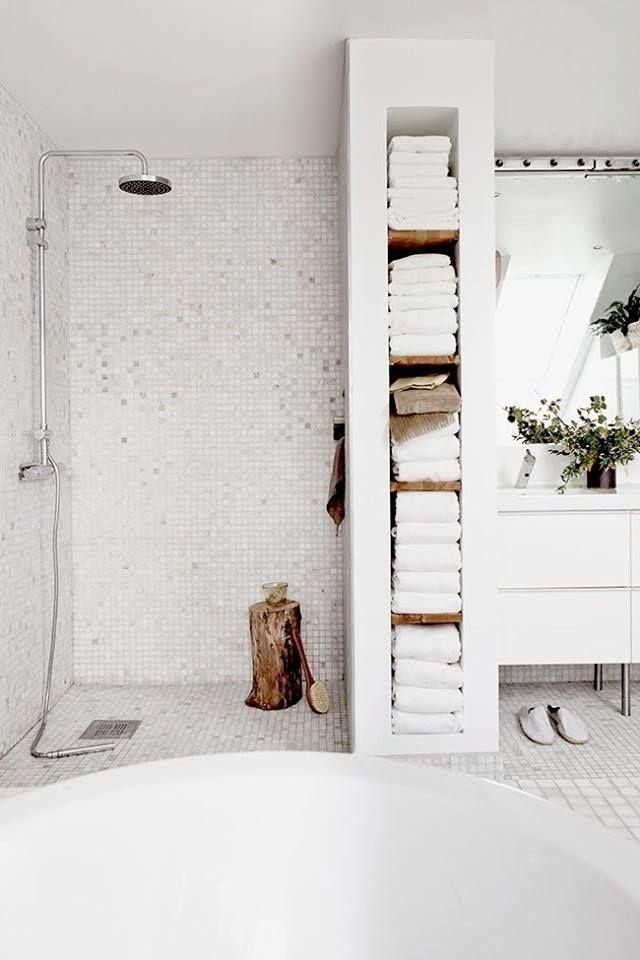 Die Wahl des Mosaiks macht diese 19 Badezimmer zu etwas Besonderem