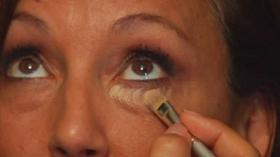 Best Under Eye Concealer for Dark Circles and Puffy Eyes This article will tell you the best under eye concealer for dark circles and puffy eyes. What makes us use under eye concealer are dark circles, puffy eyes, dry skin, aging and oily skin. It is true that our eyes speak a thousand words. But what if some ugly dark circles speak your daily... #CausesDarkCirclesUnderEyes, #CoconutOilForDarkCircles, #CurePuffyEyes, #DarkCircles, #DarkCirclesEyeCream, #DarkCirclesRemedies,