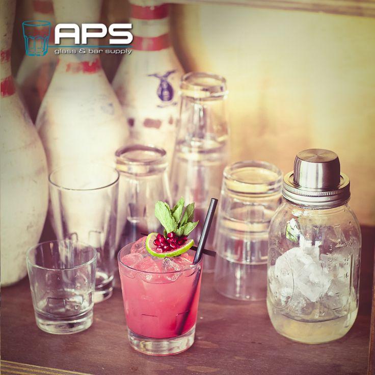 De Libbey Glass Optiva.   Deze stapelbare glazen zijn verkrijgbaar in maar liefst zes verschillende formaten.  Bekijk ze in onze nieuwe showroom op Veemarkt 51 of online in de webwinkel: http://goo.gl/rAQdHk.  #glassware #bar #horeca #cocktail #bartender #masonjar