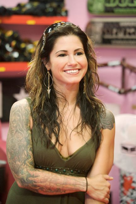#KimSaigh is an amazing #tattoo #artist. she was on LA ink for awhile. Her tattoos are amazing.