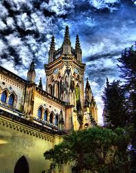 Bogotá, Colombia. Torre de la Iglesia Lourdes en Chapinero