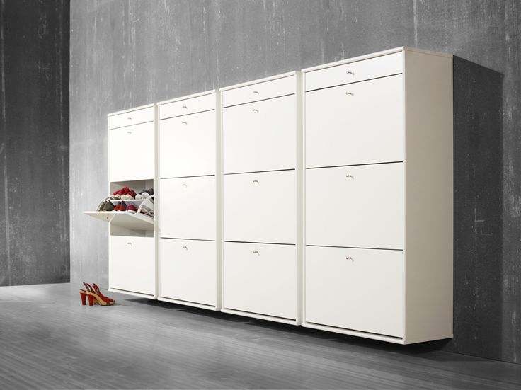 Flexibel skoförvaring av vår tillverkare Hammel. EM Möbler - Mistral.