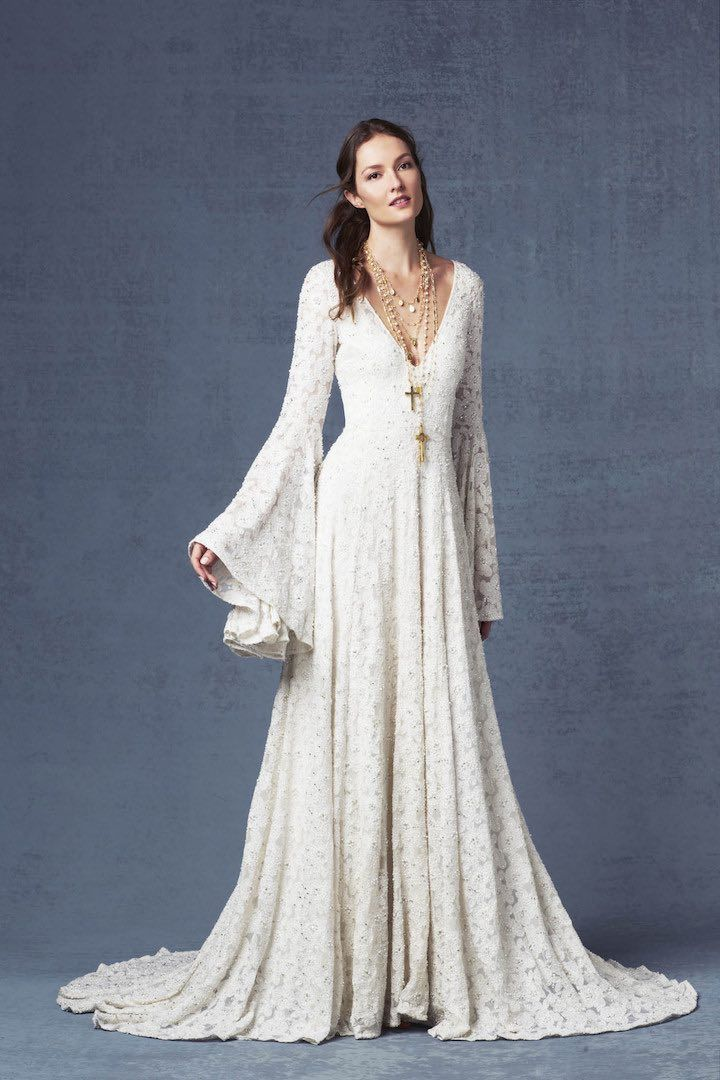 Featured Wedding Dress: Odylyne the Ceremony; www.odylynetheceremony.com; Wedding dress idea.