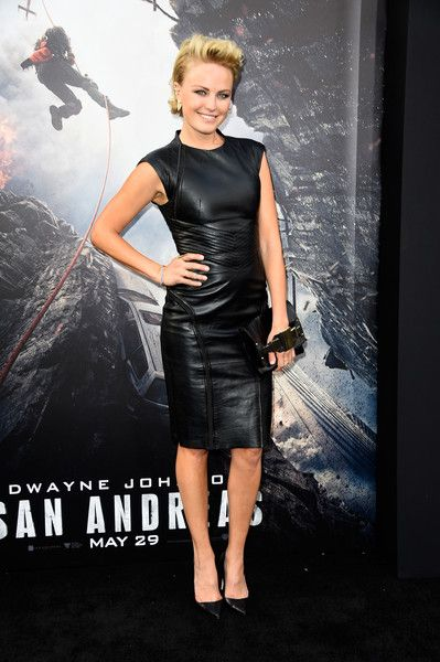 """Malin Akerman Photos - Actress Malin Akerman attends the premiere of Warner Bros. Pictures' """"San Andreas"""" at the TCL Chinese Theatre on May 26, 2015 in Hollywood, California. - Premiere Of Warner Bros.' 'San Andreas' - Arrivals"""