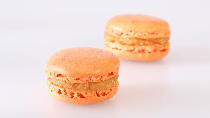 Frische Orangen-Weinbrand-Macarons kaufen. Handgemacht und von bester Qualität. Einfach bestellt und schnell versandt! #macarons #macaron